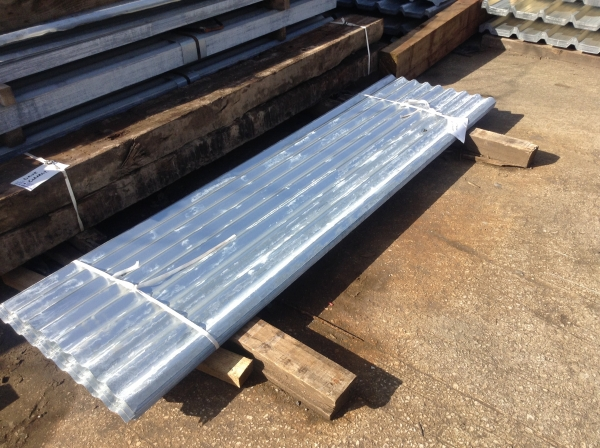 New 8 ft x 2 ft    Galvanised Corrugated Roofing Sheets