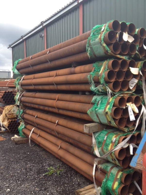 4.085 Mtr Lengths of 139.7mm x   3.2mm Unused Tube Varying Atmospheric Rust Drainage - Water Pipe