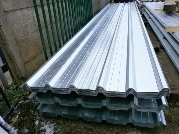 New 18 ft x 1.000 Mtr    Galvanised Box Profile Roofing Sheets