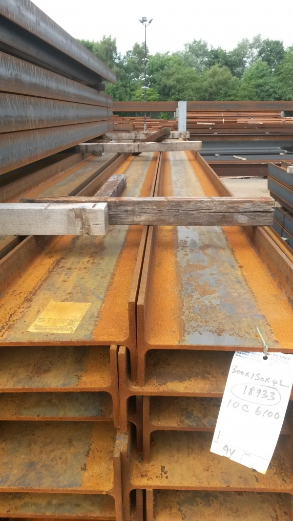 6.100 Mtr 300 x 150 x 42.2 Kg/m Steel Ipe - Unused