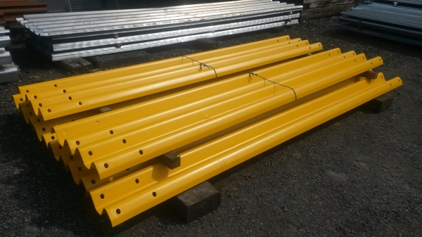 Newly Shotblasted, Primed And Top Coated Yellow 3.500mtr  Overall Length 3.200 Mtr Cover   Armco Crash Barriers