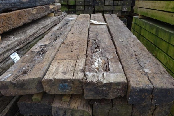5\'\'x10\'\' x 8 ft to 8 Ft6\'\' Long x Class 2 Second Hand Railway Sleeper