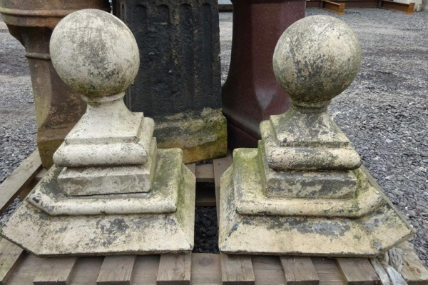1 no Pair Used Reclaimed Stone Ball Finials With Curved Base, Painted