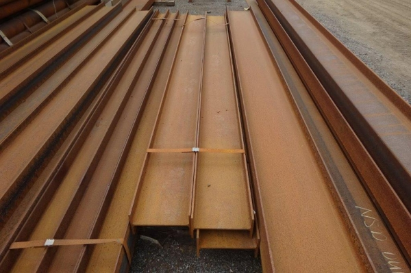 4.000 Mtr 300 x 150 x 42.2 Kg/m Steel Ipe - Unused