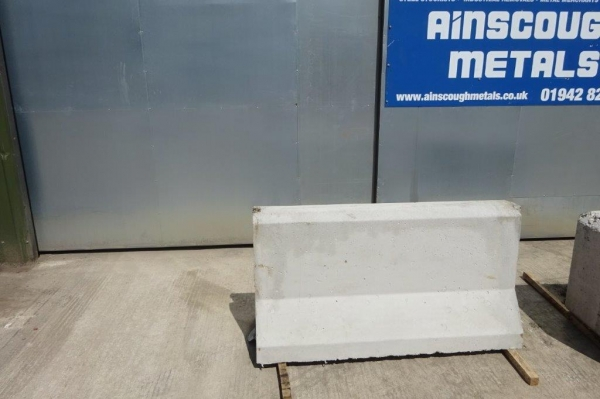 Concrete Jersey Barrier 1500 mm Long x 780 mm High For Use as Security/walls/protection/temporary Road or Traffic Block