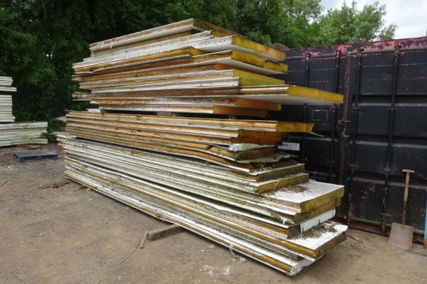 Used Fridge Panels Bundle of 1.200/5.700 Mtr Long x 1.170 Mtr Wide x 100 mm  Deep  Kingspan  Insulated