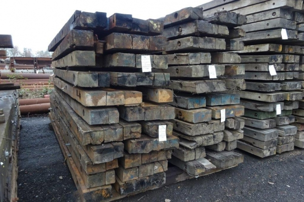 Very Used Mixed Species Hardwood Timber Mat / Crane Mat 5.000 Mtr x 1.030 Mtr x 150 mm (ekki Mat / Access Mat, Bog Mat, Excavator Mat, Floor Protection, Road Covers, Not Road Plates)