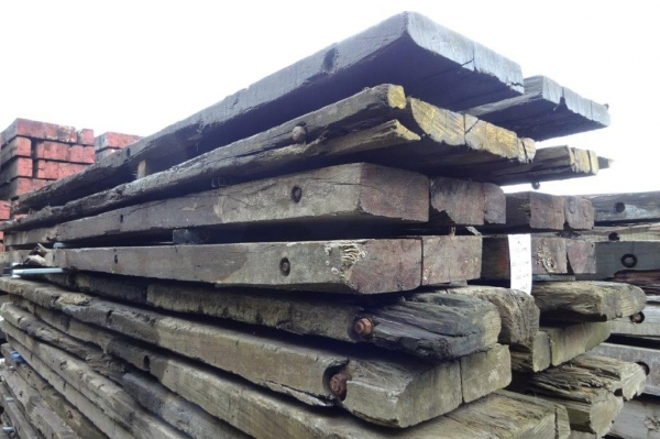 Very Used Mixed Species Hardwood Timber Mat / Crane Mat 5.000 Mtr x 1.000 Mtr x 90 mm (ekki Mat / Access Mat, Bog Mat, Excavator Mat, Floor Protection, Road Covers, Not Road Plates)