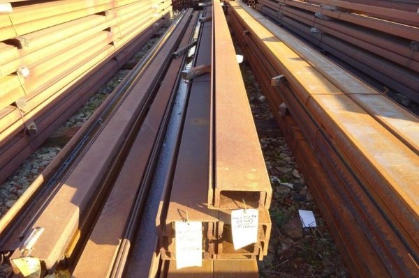 5.175mtr Long 200 x 90 x 29.7kg/m Unused Stock Rusty Steel Channel - Pfc