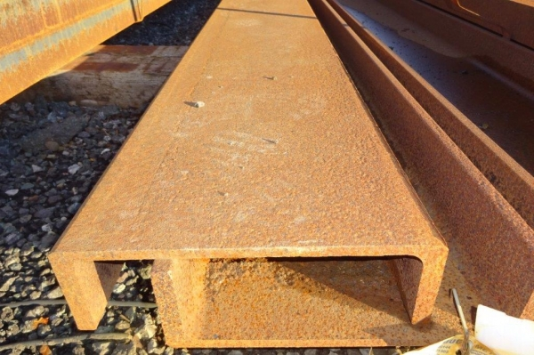 6.200mtr Long 300 x 90 x 41.4kg/m Unused Stock Rusty Steel Channel - Pfc