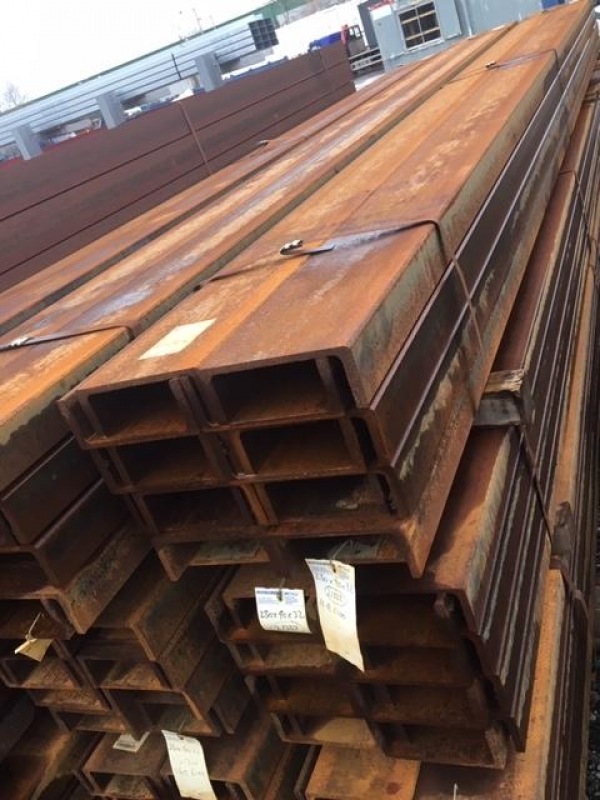 6.100mtr Long 230mm x 90mm x 32.2kg/m Unused Stock Rusty Steel Channel - Pfc