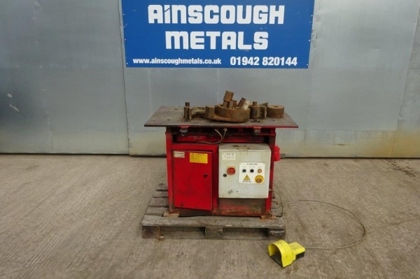 Used La-roche Bar Bending Machine, Red Painted Top