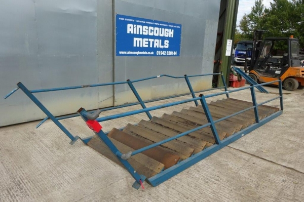 Blue With Timber Treads Used Steel Staircase 2.960 Mtr Apx Total Rise High 1.400 Mtr Internal Width
