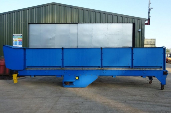 8.500 Mtr Long O/a Conveyor - Used Centre Drive Blue Conveyor C/w Belt Conveyor