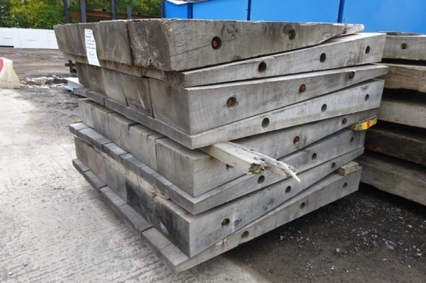 Used Mixed Species Hardwood Timber Ramp / Crane Mat Ramp 1.500 Mtr x 1.510 Mtr (timber Ramp, Ekki Mat / Access Mat, Bog Mat, Excavator Mat, Floor Protection, Road Covers, Not Road Plates)