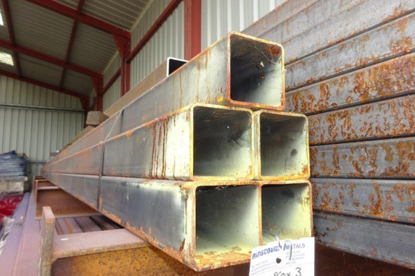 7.600 Mtr of 80 mm x 80 mm x  3 mm Steel Box Section  ( 80 x 80 x 3 mm Box Section 7.600 Mtr Unused Stock Rusty )