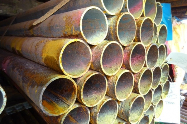 7.600 Mtr Lengths of 60.3 mm x   3.0 mm Unused Stock Rusty Steel Tube - Chs Drainage - Water Pipe
