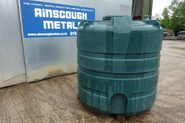 Green Plastic Water Storage Tank 1.660mtr x 1.600mtr - Second Hand