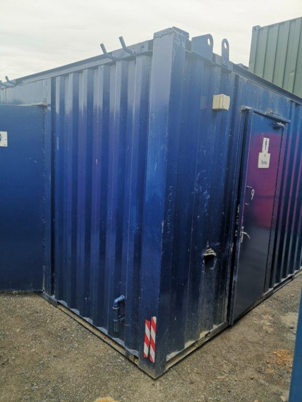 12ft Long 9ft Wide Blue Anti Vandal Toilet Block 2 + 1 / Second Hand  - Store