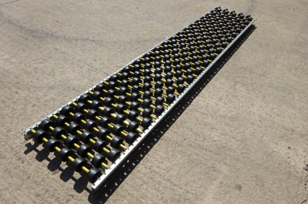 Interroll Roller Bed With Plastic Rollers 391mm Wide x 1.945mtr Long / Roller Bed / Flow Rack / Pallet Flow / Carton Flow / Carton Storage - Used