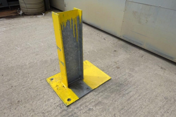 Used Bolt Down 140 x 73 Ipe Crash Barrier Post  510 mm High
