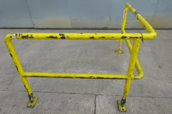 Yellow Corner Handrail / Barrier 1.500mtr x 1.500mtr x 1.100mtr High, Used