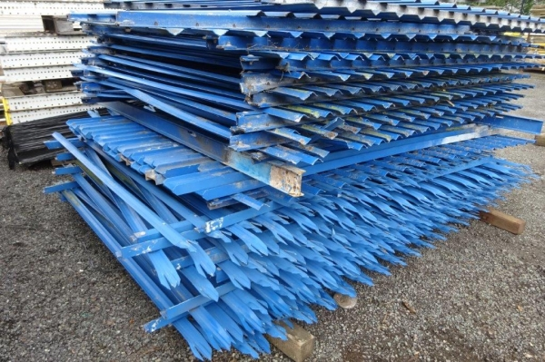 Fence Panels Second Hand 2.400 Mtr High 2.700 Mtr Wide Blue Palisade  \'d\' Triple Point Top C/w Post - School Railings - Park Railings- Security Fencing
