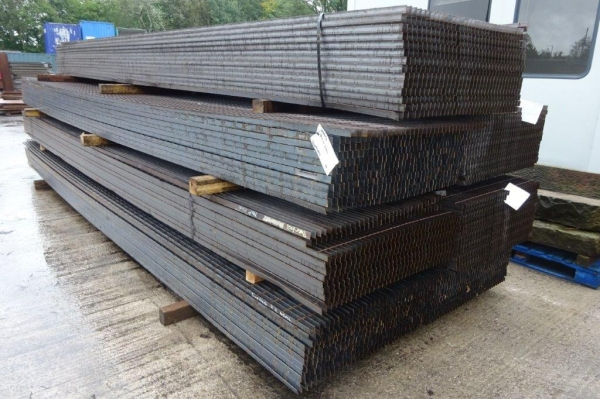 Floor Forge Walkway Self Colour  Steel Grating  6.000 Mtr  x 1.000 Mtr New 30 mm Deep x 3 mm Thick Flat Bar Flow Forge