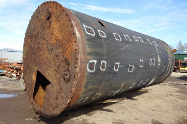 Used Vertical Steel Water Storage Tank - Varying Rust Conditions