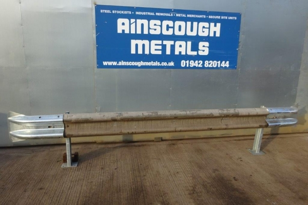 Armco Crash Barrier Kit Bolt Down - re Fix - C/w Fishtail Ends - 3.200mtr Cover