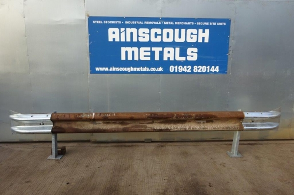 Armco Crash Barrier Kit Bolt Down - Class 3 - C/w Fishtail Ends - 3.200mtr Cover