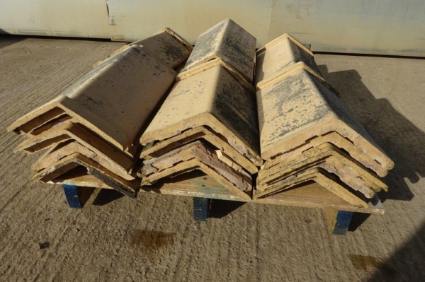 Bundle of 27no Capped Angle Roof Ridge Tiles - Used