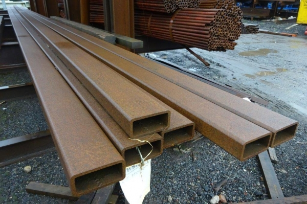 10.000 Mtr of 100 mm x 50 mm x  6 mm Steel Box Section  ( Unused Stock Rusty )