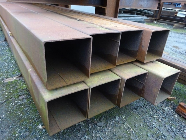 10.070 Mtr of 250 mm x 250 mm x  6.3 mm Steel Box Section  ( 250 x 250 x 6.3 mm Box Section 10.070 Mtr Unused Stock Rusty )