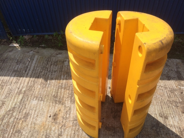 Used High Visibility Column Protectors (210 mm ) Heavy Duty Plastic Column Protector