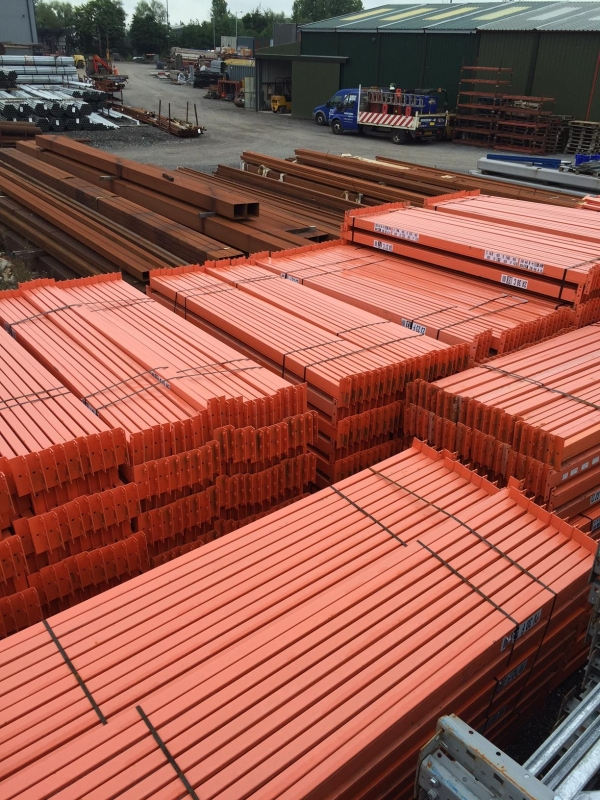 Used Planned Storage System 2.620 Mtr Orange Cross Bar / Beam 90 x 45 Closed Beam - Industrial Steel Racking - Not Redirack, Dexion, Stakrak, Link 51
