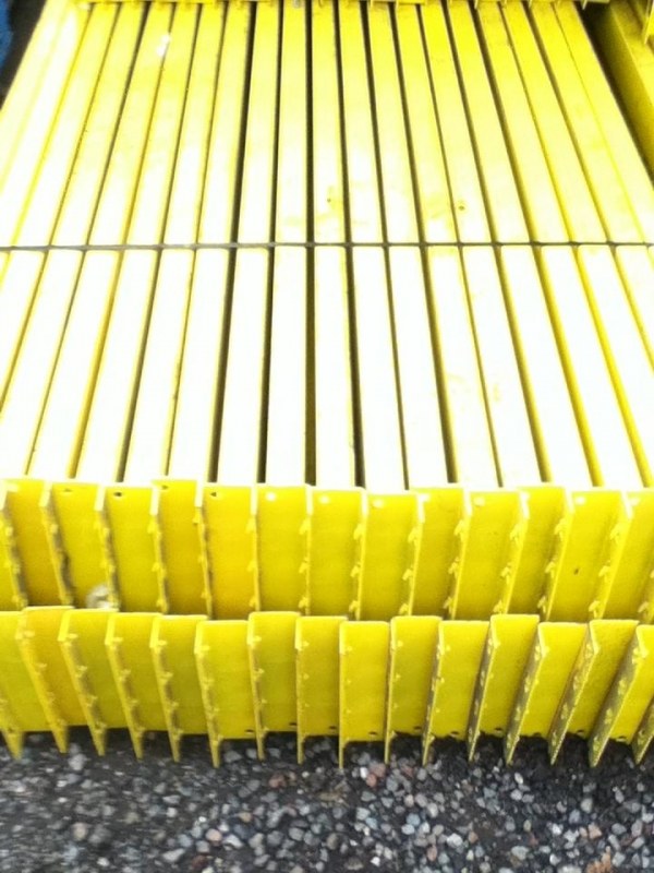 Used Dexion 2.750 Mtr Yellow Cross Bar / Beam 100x45 Open Beam - Industrial Steel Racking - Not Redirack, Planned Storage, Stakrak or Link 51
